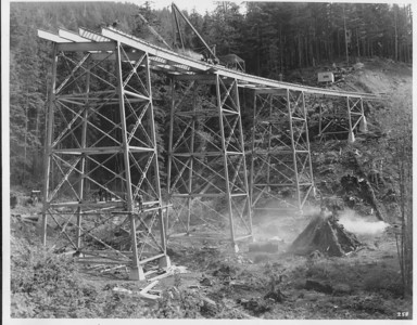 Sam Reed bridge getting started. Traffic could drive over the bridge starting in 1938.